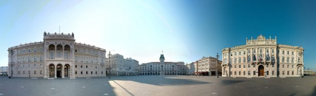 Trieste_Piazza_Unita_panoramic_view_9923px-e1468317853433